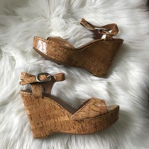 LUCKY BRAND CORK LOOK WEDGE SANDAL-EUC-SZ 7